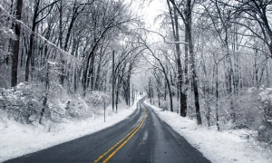 snowy-winter-road-chaiway